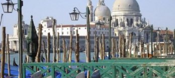 CLASSICAL VENICE, Gondola ride and walking tour in Venice
