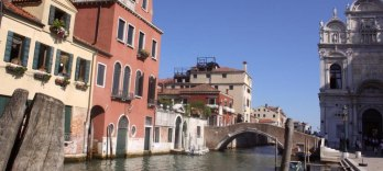 Walking Tour & Gondola Ride